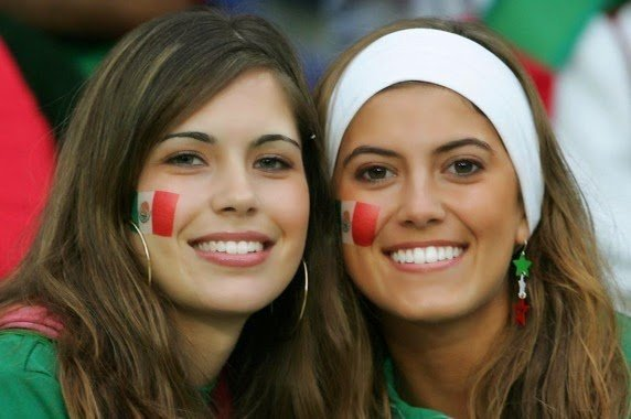 mex_supporters_mexicain_sexy_4469984klzhu_1879